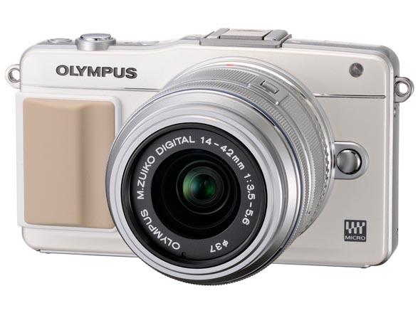<b>OLYMPUS PEN mini E-PM2。発売は10月下旬。レンズキットの店頭予想価格は5万円前後</b>