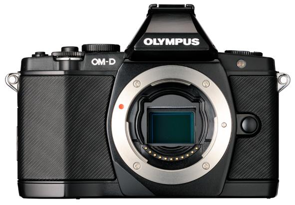 OLYMPUS OM-D E-M5。「センサーシフト方式による手ぶれ補正で、X、Y軸並進方向の他に、Z軸回転方向の光軸回転ぶれも補正可能なレンズ交換式デジタルカメラ」