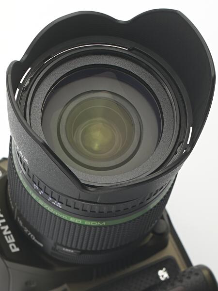 フィルター径は62mm。これも先代と変わらないが、ペンタックスのレンズとしてはめずらしいサイズだ。