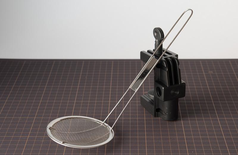 これが問題のストレーナー。これがフィルターとして使えたら面白いじゃないですか。つい買ってしまったわけです。