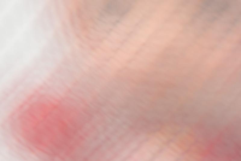 拡大してみたところ。網目の形が四角ではないので、また違った描写に。いろんな目の形で試してみる必要もあるか。