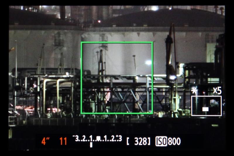 ライブビュー撮影ならAF時でもMF時でもピントを合わせたい位置を拡大表示ができ、しっかりとピントが合っているか確認しやすい。