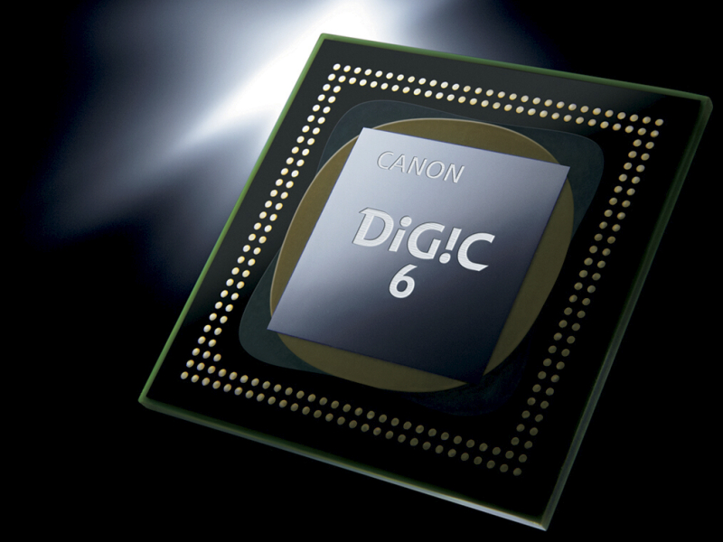 DIGIC 6を新搭載した。