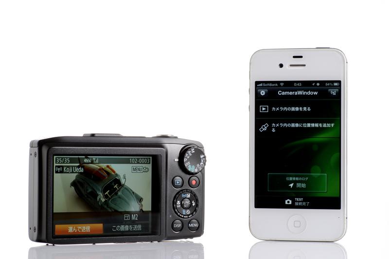Wi-Fi機能を搭載し、スマホに画像を転送できる。旅先からいつものSNSに投稿できる