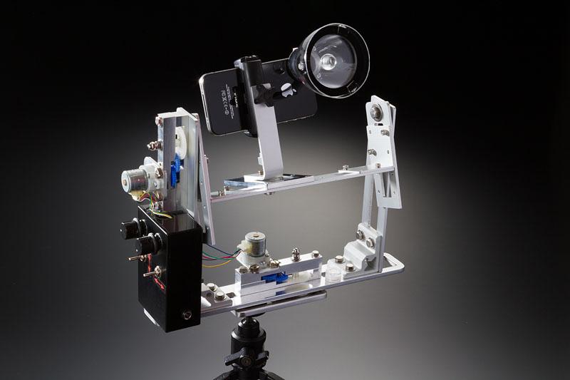 現在、宙玉工作界でナンバーワンのクオリティーを誇る岩本朗氏の「宙玉 for iPhone & 微速度撮影用2軸電動雲台」