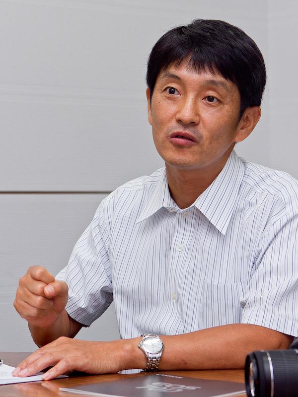 渡邊敦志氏。デュアルピクセルCMOS AF全体の企画を担当。