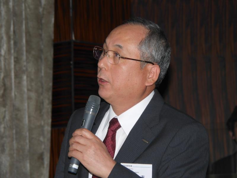 富士フイルム株式会社 光学・電子映像事業部長の田中弘志氏