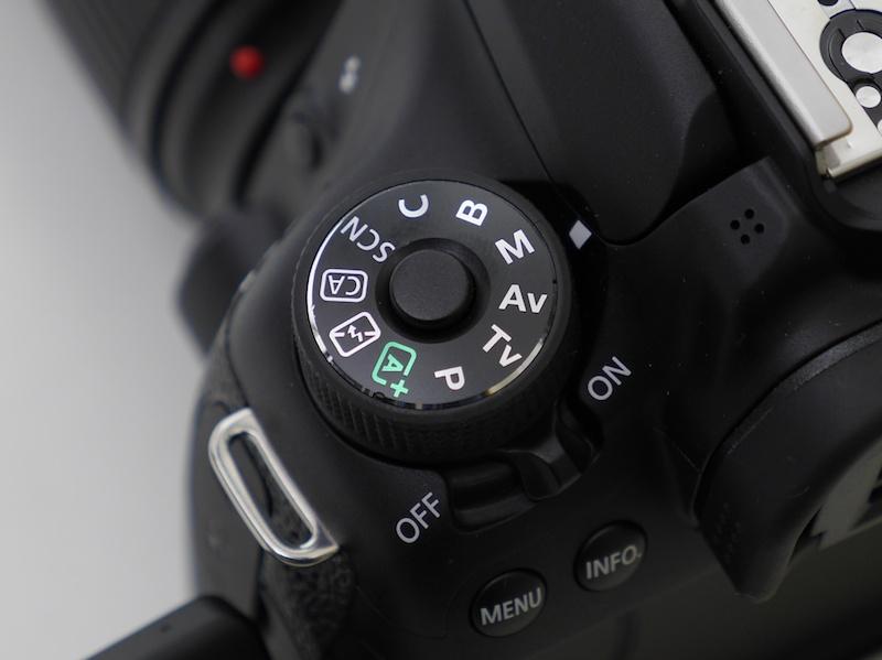 撮影はマニュアル露出が基本。写真はEOS 70Dのモードダイヤルをマニュアル露出(M)に合わせたところ