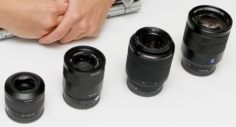 左からSonnar T* FE 35mm F2.8 ZA、Sonnar T* FE 55mm F1.8 ZA、FE 28-70mm F3.5-5.6 OSS、Vario-Tessar T* FE 24-70mm F4 ZA OSS。