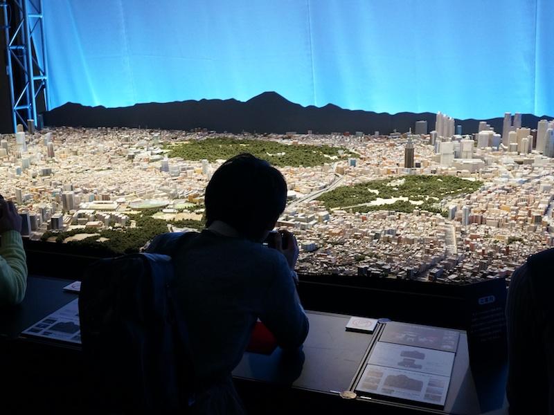 撮影コーナーのひとつとして「東京都市模型」の一部が展示されていた