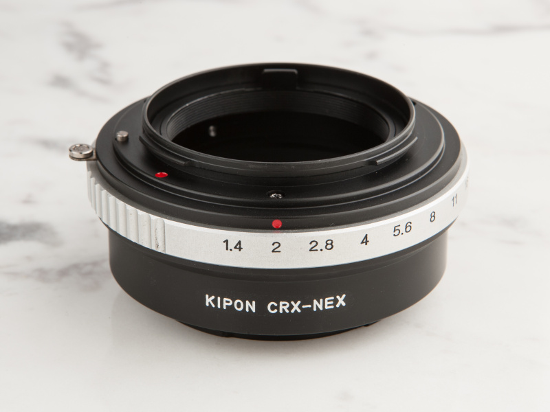 KIPONのコンタレックス用マウントアダプターは、焦点工房にて1万3,500円だ