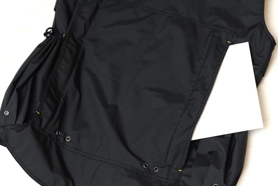 背面ポケット。