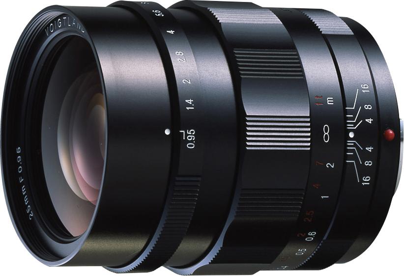 参考:NOKTON 25mm F0.95(2010年10月発売)