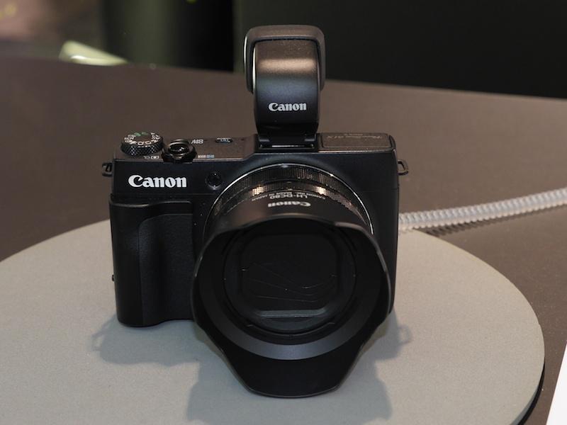 会期初日の前日に発表されたキヤノンの1.5型CMOSコンパクトデジタルカメラ、PowerShot G1 X Mark II