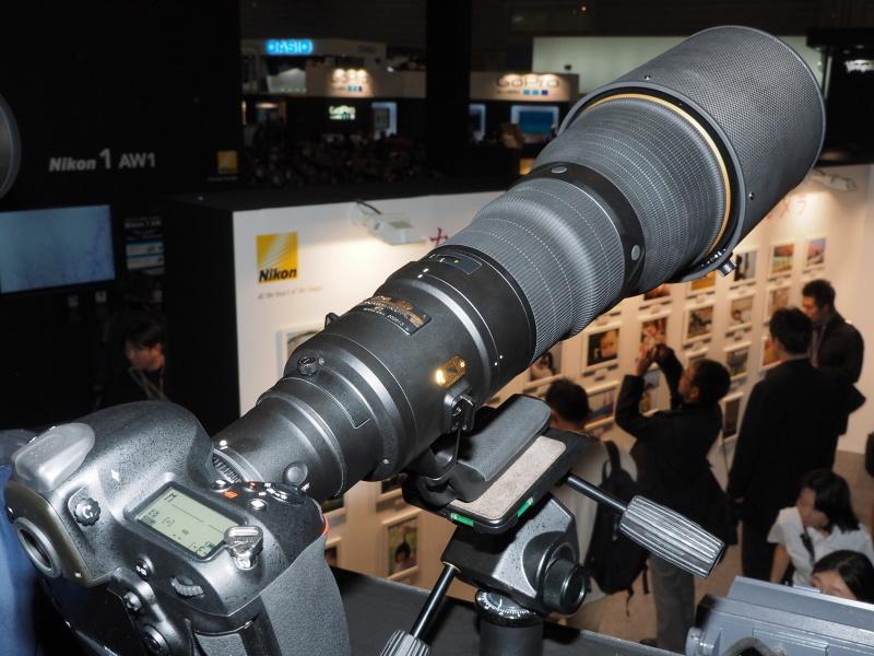 超望遠レンズ体験コーナー。左は800mm F5.6