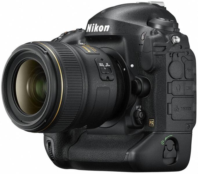 AF-S NIKKOR 35mm F1.4 G装着例