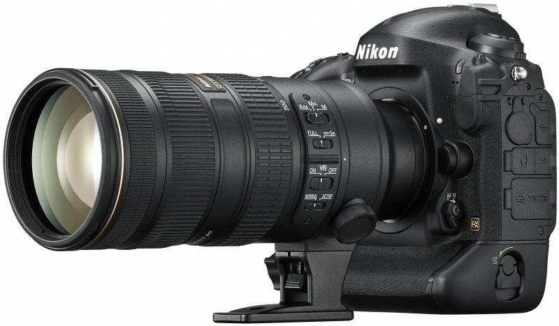AF-S NIKKOR 70-200mm F2.8 G ED VR II装着例