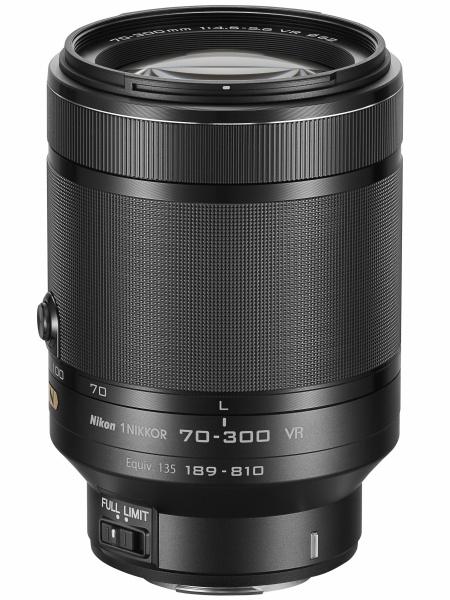 1 NIKKOR VR 70-300mm f/4.5-5.6。35mm判換算189-810mm相当の望遠ズーム