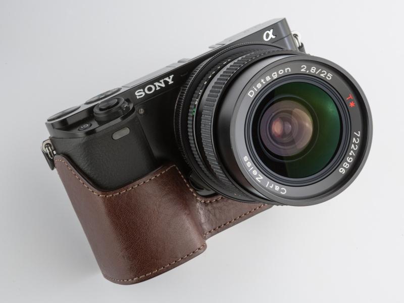 ゲリズXS-CHA6000BRは1万7,820円。スマイルカメラなどで取り扱いがある
