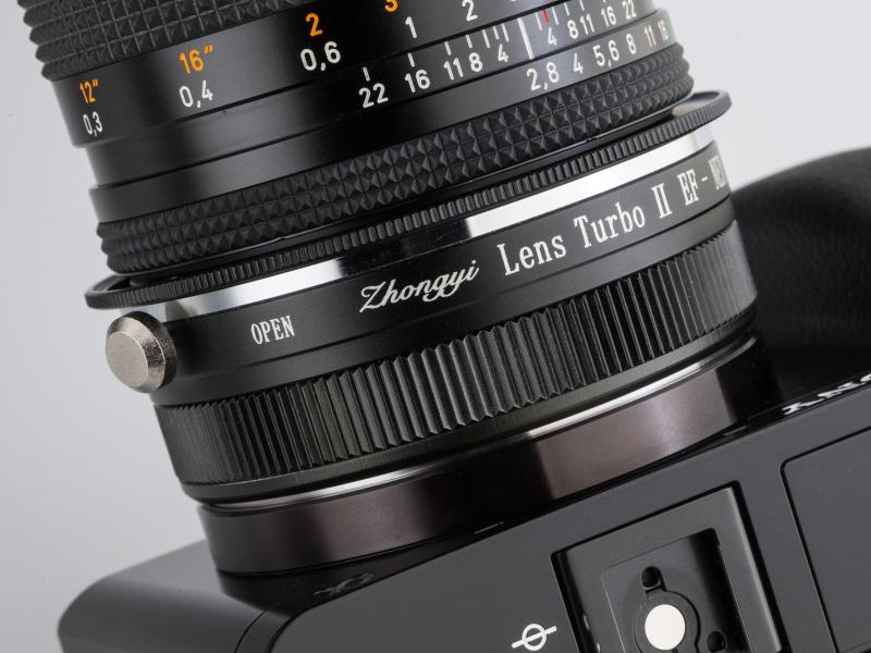 レンズターボ2は焦点工房にて1万9,800円。ニコンF、ヤシコンなどをラインアップしている