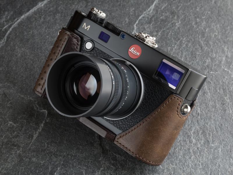 写真のケースは、プエブロのグリージオとミネルバボックスのカスターニョのコンビだ