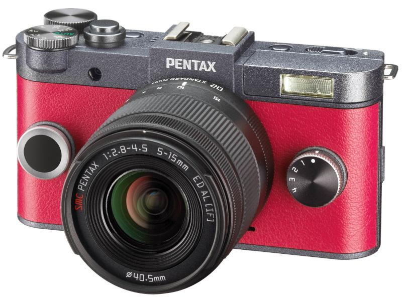 PENTAX Q-S1。1/1.7型センサーのミラーレス機
