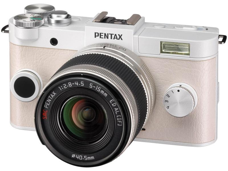 PENTAXブランドでは1/1.7型センサーを使ったミラーレスカメラQ-S1をラインナップ。レンズも小型にできる
