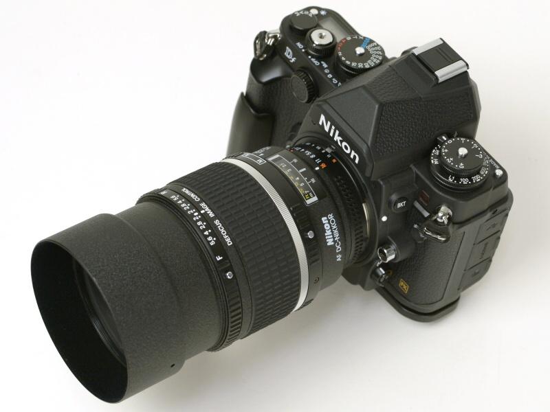 Ai AF DC-Nikkor 135mm f/2D