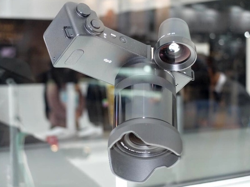 シグマは、21mm相当のレンズ一体型モデル「SIGMA dp0 Quattro」を参考出品