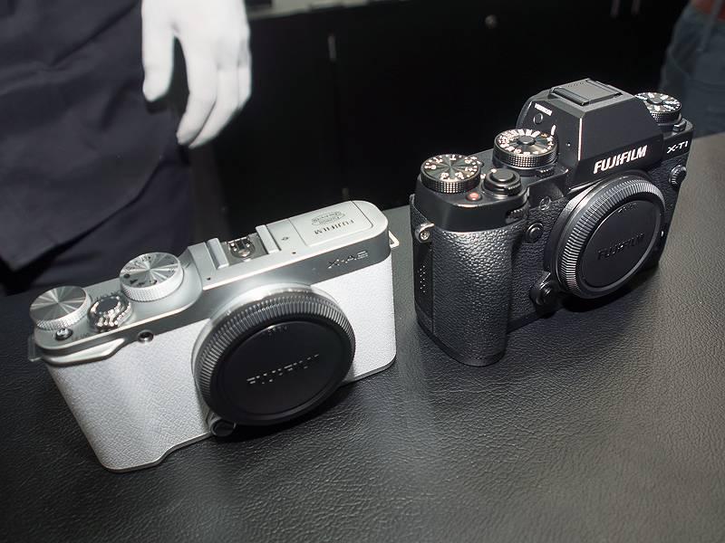 X-A2(左)とX-T1