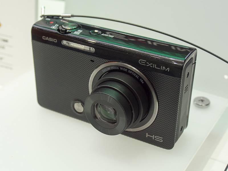 ゴルファー向けにさまざまな機能を搭載したEX-FC500S