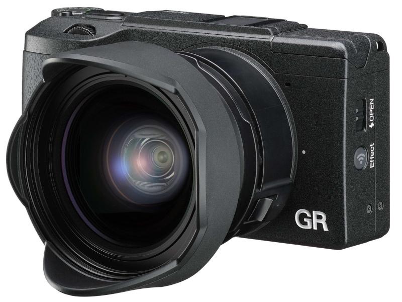 別売のワイドコンバージョンレンズ「GW-3」で21mm相当の撮影が可能