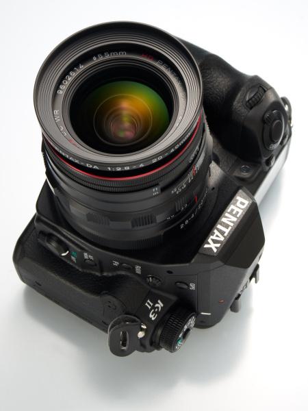 まだ日は浅いけれども、スナップから精密描写まで1台で撮りきれるシステムカメラとして申し分ないという感触がある