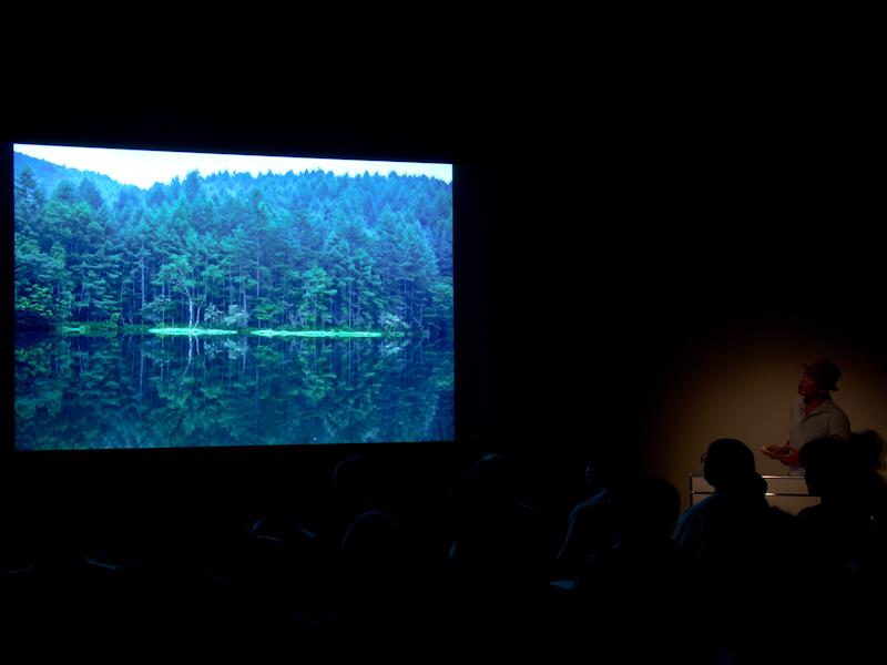 「EVFの見やすさには感心した」と話す柏倉氏。倍率の上がったEVFについて「写真の着地点がファインダーの時点で想像しやすいのはカメラとして重要な要素」と評価した