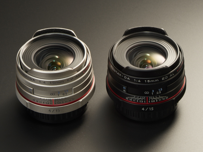 DA limitedにはブラック/シルバーと二種類の仕上げが用意されている。