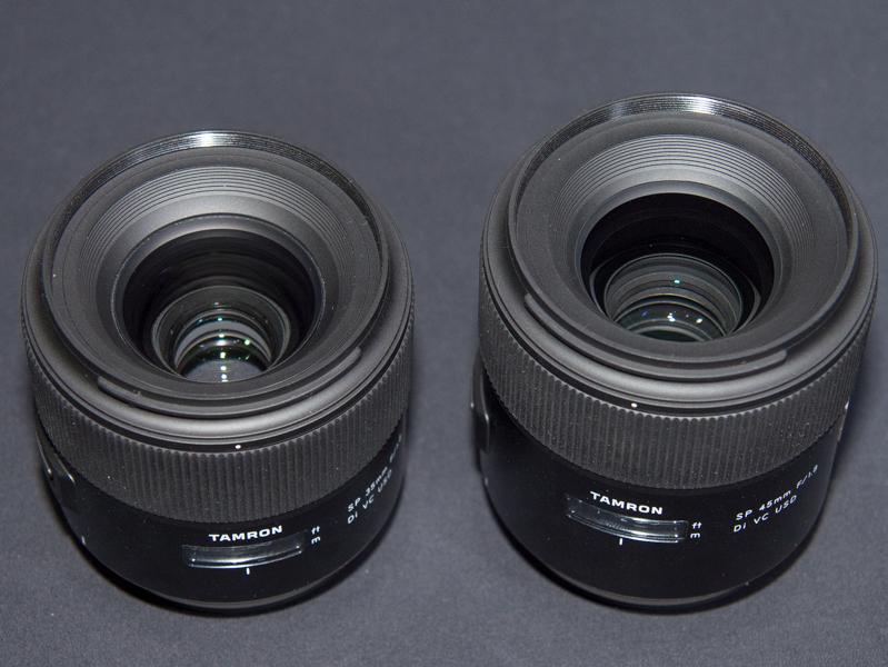 SP 35mm(左)とSP 45mm(右)。鏡胴はアルミ製
