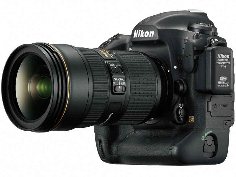 AF-S NIKKOR 24-70mm f/2.8E ED VRを装着したところ