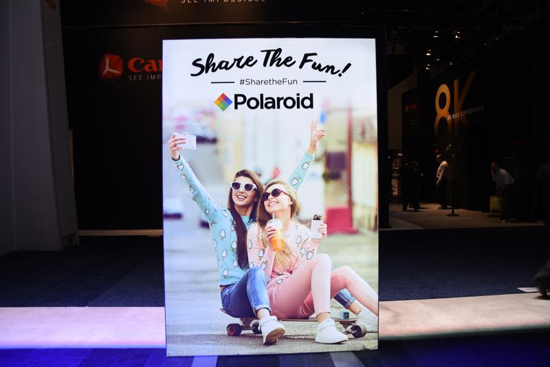 Polaroid製品のテーマは「Share The Fun!」。ただしここでのシェアはすなわちプリントだ。