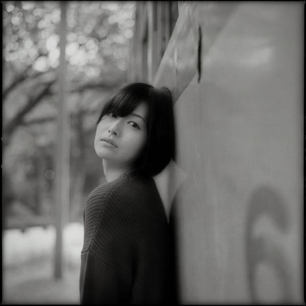 """撮影:久保田雅彦さん、モデル:<a href=""""http://ameblo.jp/kimiharasakura/"""" class=""""n"""" target=""""_blank"""">木三原さくら</a>さん"""