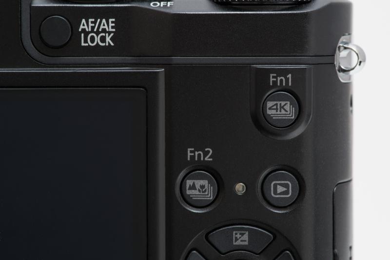 背面のFn1は標準が4K PHOTO、Fn2はフォーカスセレクト。パナソニック独自の機能がワンタッチで設定できる。ISO感度やホワイトバランスなど、別の機能に変更することも可能だ。