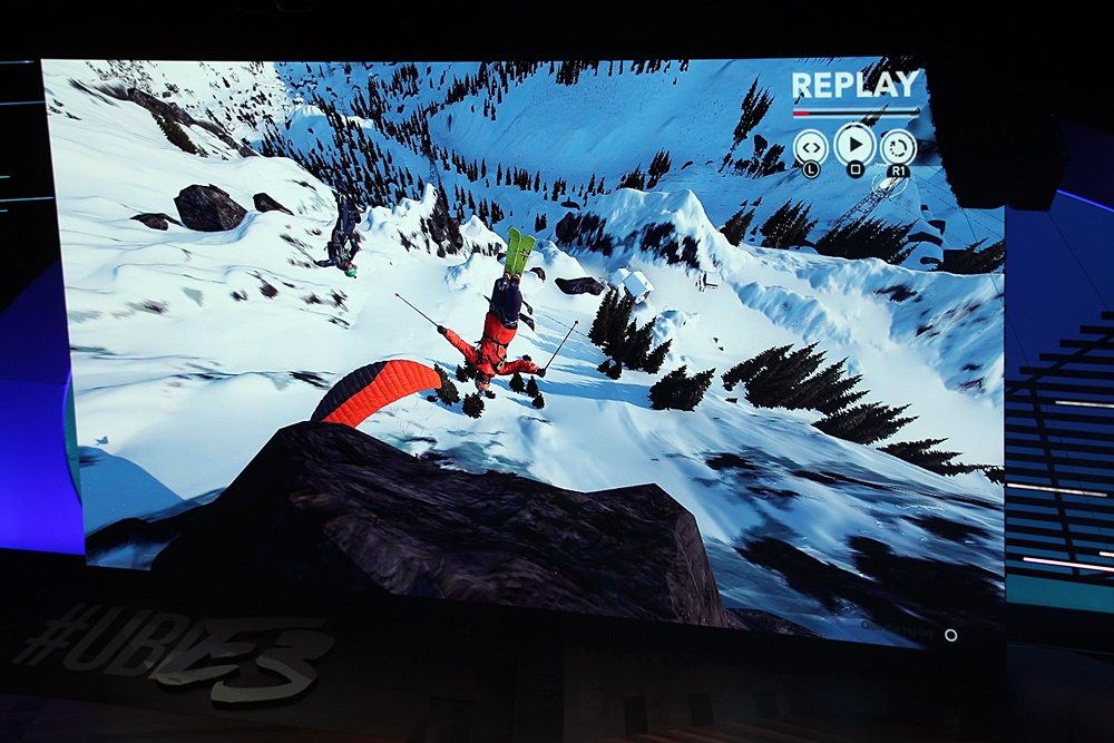 雪山でひたすら遊び続ける「Steep」。ジャンルで言えばスポーツだが、現実ではなかなかできないことが簡単に繰り返し遊べるという点も特徴と言える