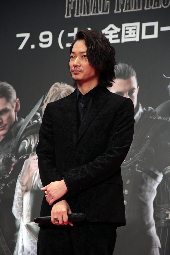 「ファイナルファンタジー」のファンとしてその魅力を語った綾野剛さん