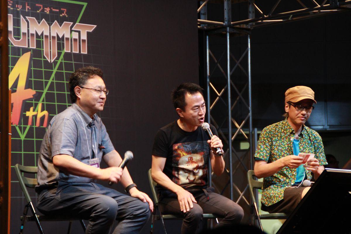 SIEワールドワイド・スタジオ、プレジデントの吉田修平氏(左)と、モデレーターの黒川文雄氏(中央)、「パラッパラッパー」の松浦雅也氏