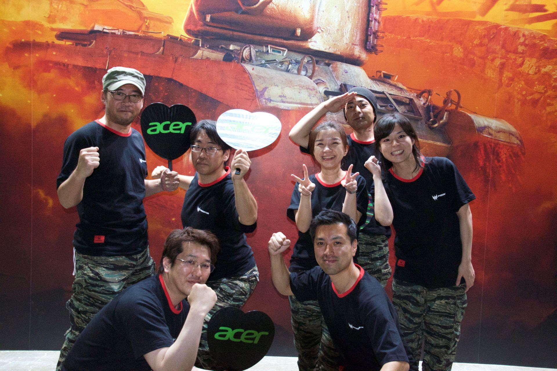日本エイサーのPredetorチーム。定時後にチームで集まって練習を積んでいたという