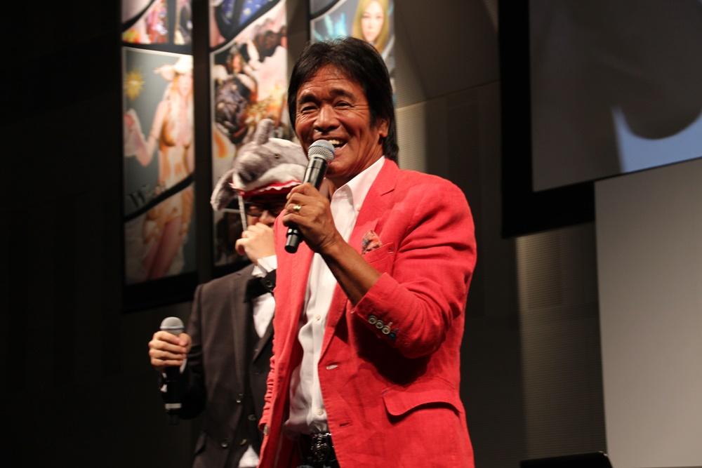 松崎さんは「どうも、真っ黒崎こげるです」、「今日これから『愛のメモリー』4回歌わないといけない」などと冗談を飛ばしながら帰っていった
