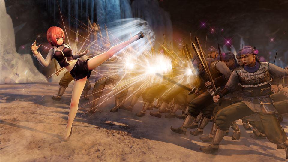 華麗な蹴り技で敵を攻撃するリオ