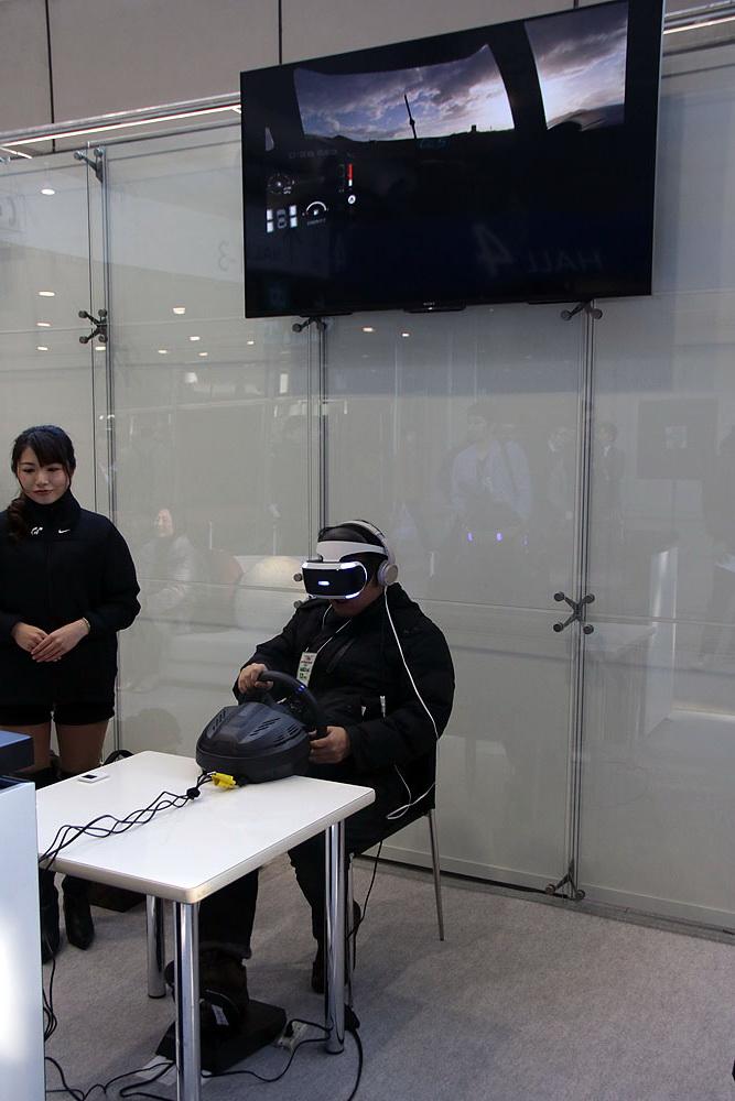 今回の目玉! PS VRの試遊はお早めに!