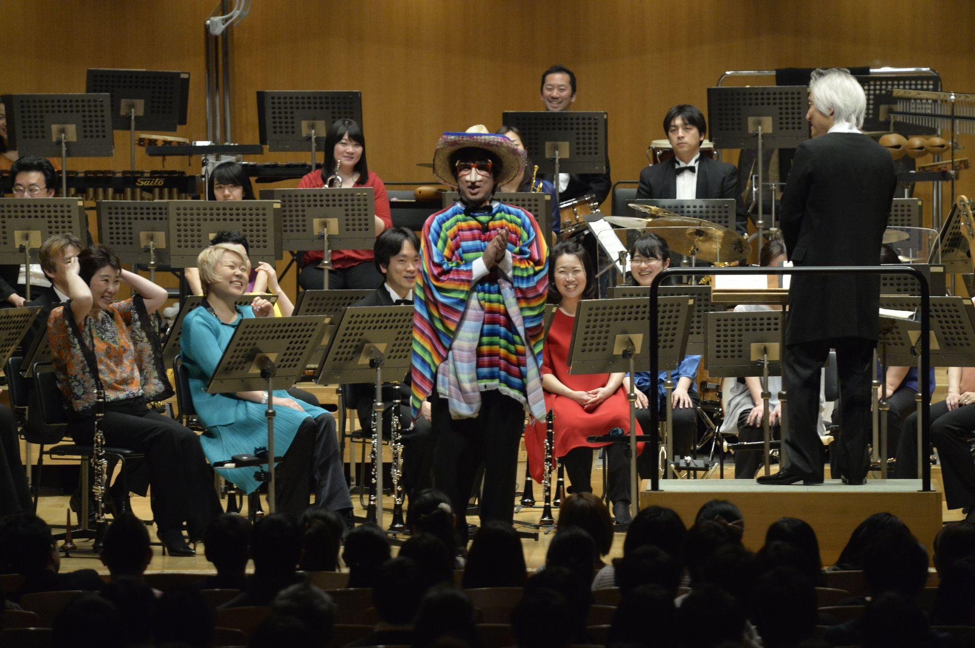 ある意味第1部のハイライトとなった打楽器奏者 東佳樹氏によるボディーパーカッション「モーグリのテーマ」(FINAL FANTASY V)
