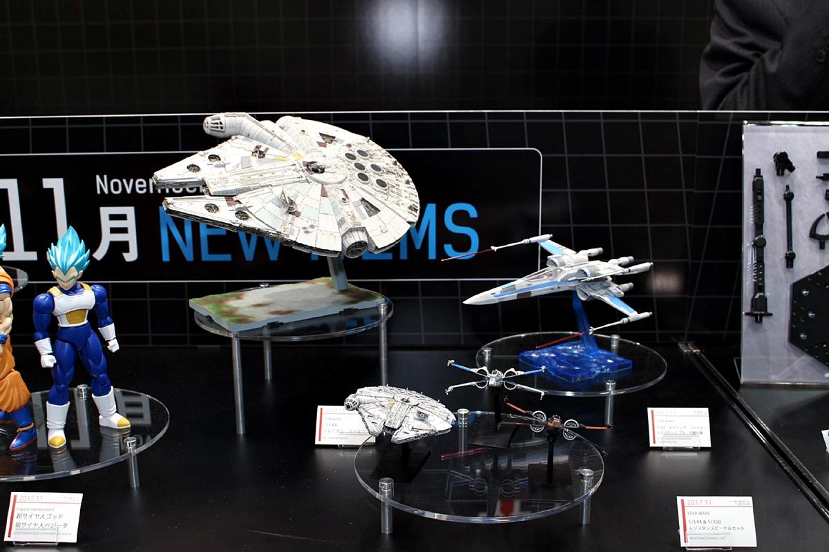 「STAR WARS」のキットは、「エピソード8/最後のジェダイ」準拠のデザインで改めて発売となる