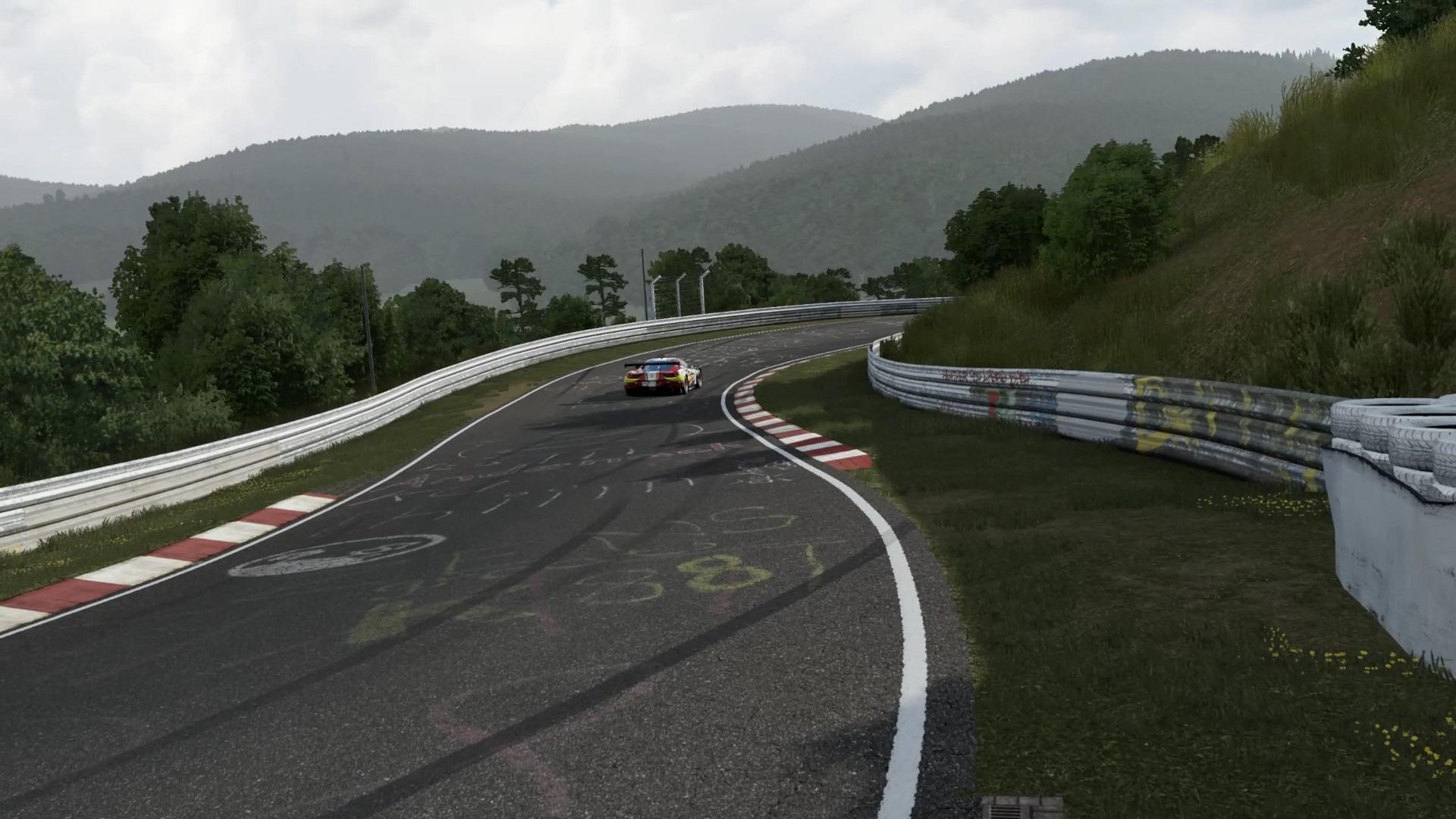 ニュルブルクリンク北コースは、世界で最も人気が高く、またゲームでの再現が難しいコース。本作ではそれを完璧に作りこんである